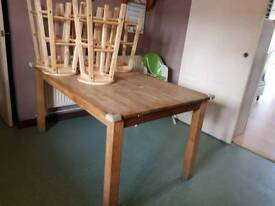 Wooden Extendable Kitchen Table