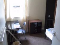 Single Room to rent in a 4 bedroom Shared House BILLS ALL INCLUSIVE