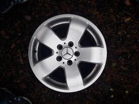 Mercedes Benz, 4 Alloy wheels . C&E Class