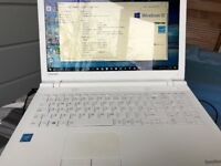 TOSHIBA LAPTOP (WHITE)