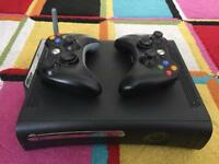 Xbox 360 with Fifa 17 and 2 wireless control