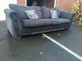 Dfs Shannon 4 Seater del avail