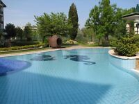 Self-catering Bulgaria beach rental available July / August sleeps 4. Sea-view. 5 swimming pools.