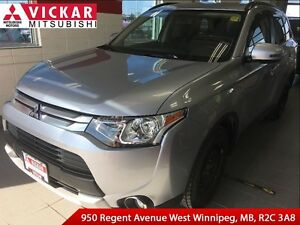 2015 Mitsubishi Outlander SE-AWC/ Local Trade
