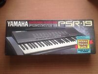 Yamaha Portatone PSR-19 Electric Keyboard
