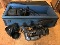 Sony PD150 Handycam +Anamorphic Lense + Portabrace Bag + extras