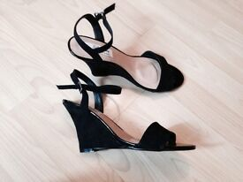 Brand new wedges size 6