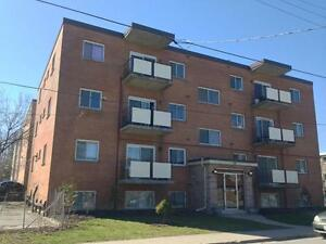 ALL INCLUSIVE CENTRALLY LOCATED 2 BED! 11- 56 Lansdowne St