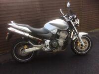 Honda CBF900 Hornet is excellent condition low mileage