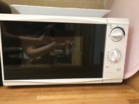 Tesco microwave for sale, in good condition