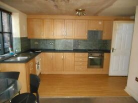 1 bedroom flat in Meribel Square, PRESCOT, L34