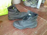 Timberland boots GENUINE size 9.5