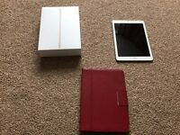 """Apple IPAD AIR 2 64GB GOLD tablet 9.7""""IN NEW CONDITION WITH GENUINE LEATHER CASE"""