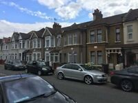 Modern 3 Bedroom Period House With Garden Close to Barking Station/Town Centre and Park