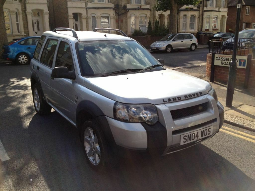 land rover freelander td4 se 2 0 diesel automatic face. Black Bedroom Furniture Sets. Home Design Ideas