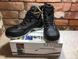 Uvex 8415/2 Quatro Gore-Tex Waterproof S3 Safety Boots - Size 10