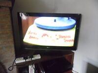 LG LCD TV/LED 32 INCH TV