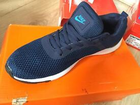 Nike trainers shoes
