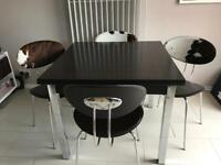 Extendable Dining table and chairs x 4