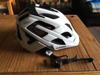 Lazer Oasiz Size L Cycling Helmet