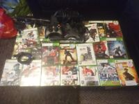 Xbox 360 Halo 4 320gb Console, Kinect Sensor, 1x Wireless controller, 20x Games, HDMI Cable.