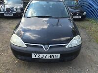 Vauxhall Corsa 1.8 black breaking for parts / spares