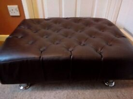 Footstool/coffee table. Excellent condition
