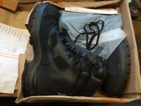 Safety boots, yds, goretex, steel toe,police/military, size 13