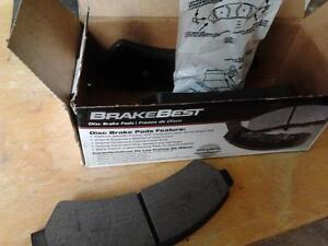 Brake pads.   brand new in the box Windsor Region Ontario image 2