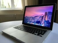 Apple MacBook Pro 2011 2.7GHz Intel Core i7 500gb Hard drive 4gb Ram (can be upgraded to 16gb!)