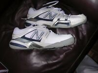 Size 8 Tennis Shoes hardly worn