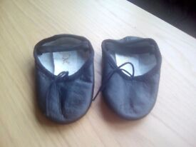 Baby Ballet Shoes, Size 7,5, New