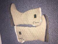Womens cream ugg boots