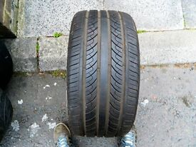 Maxtrek 255/35/18 tyre 7mm tread