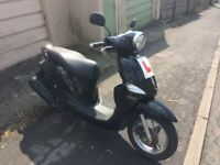115cc moped with full service history, user manual, 2 keys and in great working condition.