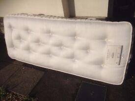 2'6 mattress , pocket sprung , top quality