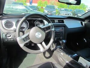 2012 Ford Mustang V6 Premium * LEATHER * HEATED POWER SEATS London Ontario image 10