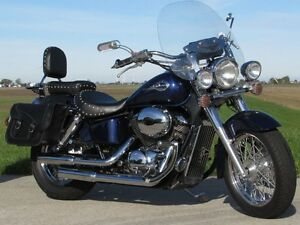 2002 honda Shadow Aero 750   Vance and Hines Exhaust  ONLY $20 w London Ontario image 1