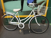 NICE WHITE RALEIGH CAPRICE LADIES BIKE LIZ PEPERELL DUTCH STYLE VINTAGE RETRO 1980s