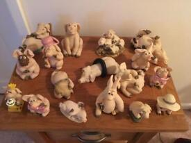 17 Piggin Ornaments (no chips or damage) - £10 for all