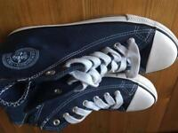 Blue canvass trainers like converse size 4