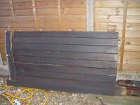 wooden gates 2 mt 2 winged heavy & need some attention