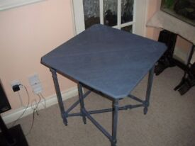 CORNER DROP LEAVE TABLE £25 MAIDSTONE