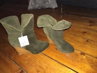 Zara olive suede ankle boots size 4