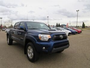 2015 TOYOTA TACOMA 4WD  TRD SPORT AWESOME TRUCK WITH LOWER KMS