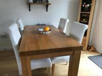 Oak Dining Table In North Lanarkshire