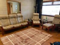 Erkones, Stressless Cream Leather Suite