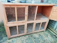 Rabbit hutch (used) It's been cleaned out and ready to go.