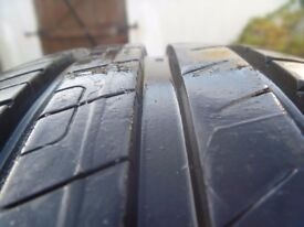 Tyre : 195 x 65 x 15 91H GoodYear EfficientGrip Performance 7 m/m VGC