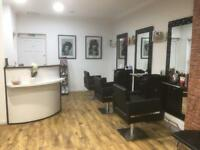 Hairdresser chair available to rent in Shepherd's Bush